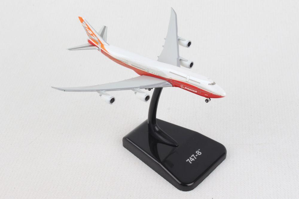 HOGAN BOEING 747-8 1/1000 ROLLOUT LIVERY REG#N6067E