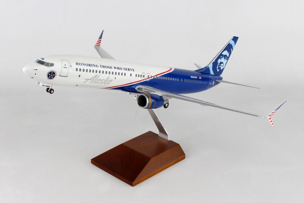 1//100 Scale Daron Skymarks Alaska 737-900Er Aircraft with Wood Stand and Gear