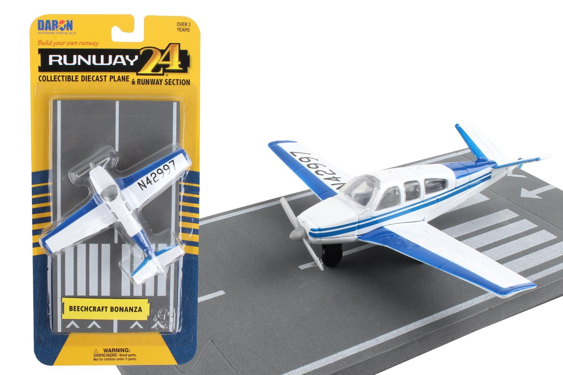 """RW050 - """"runway24 Beechcraft Bonanza"""""""