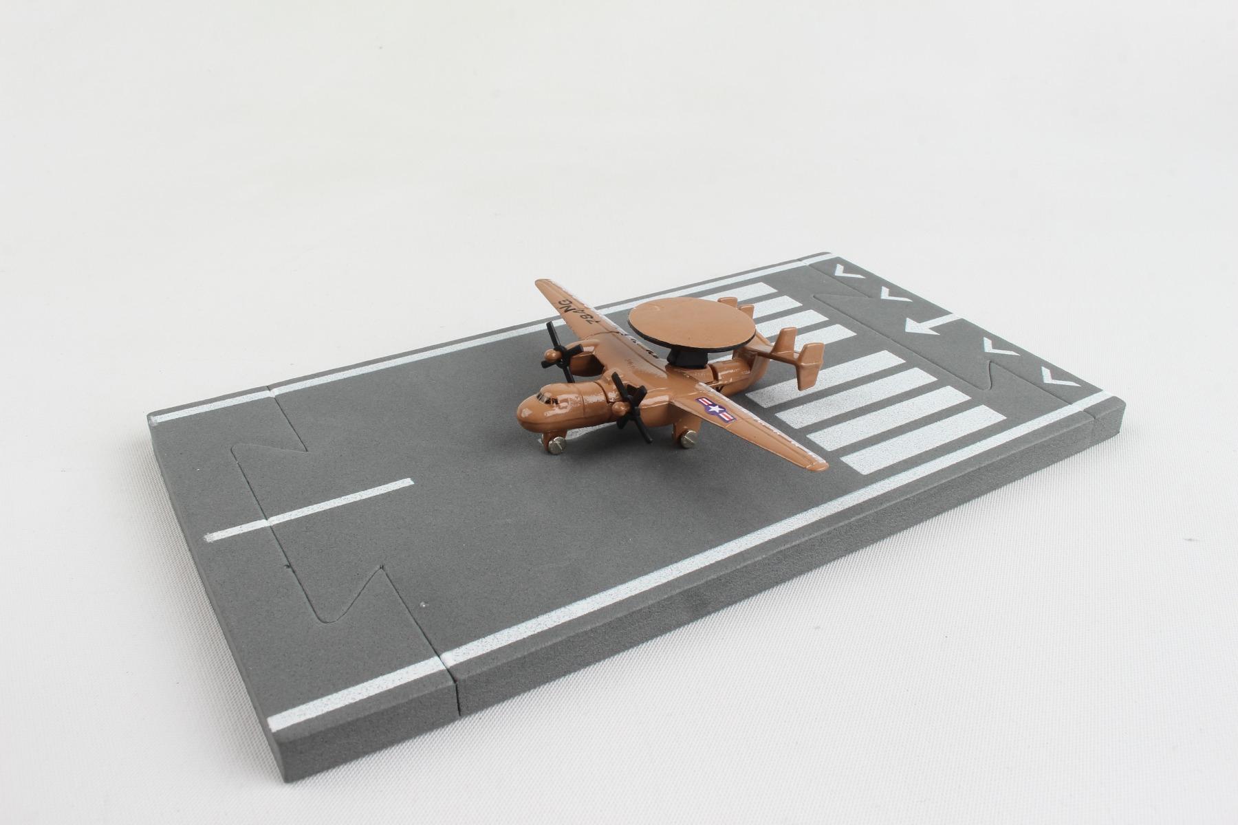 """RW085 - """"runway24 E2c Hawkeye"""""""