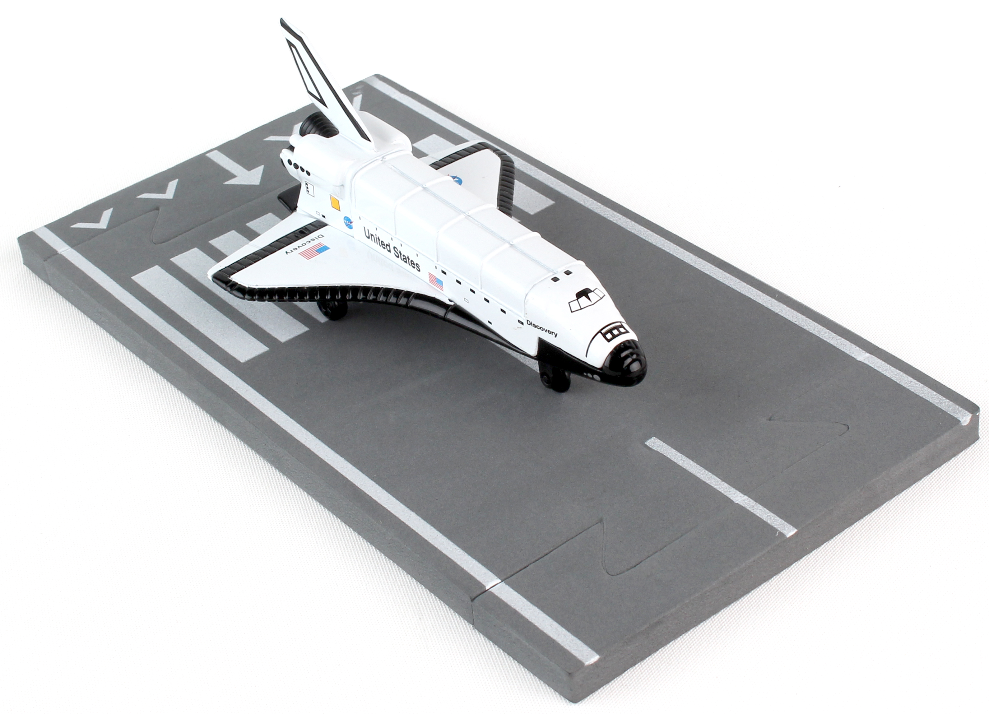 """RW220 - """"runway24 Space Shuttle Discovery"""""""