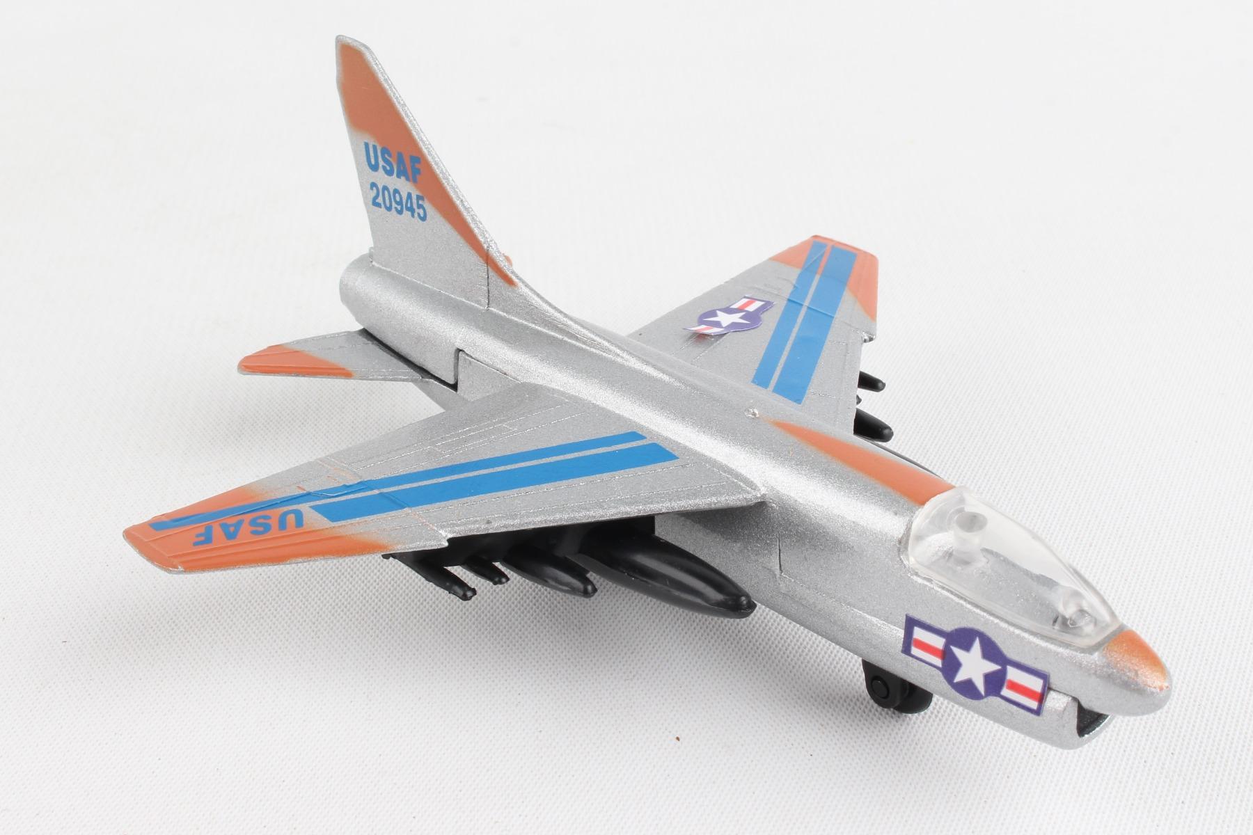 "RW250 - ""runway24 A7 Corsair"""