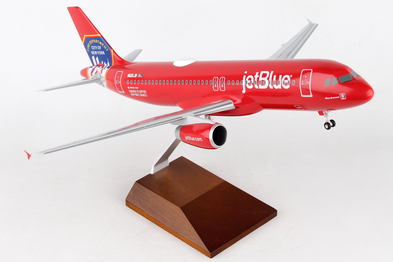 "SKR8360 - ""skymarks Jetblue A320 1/100 Fdny W/wood Stand & Gear"""